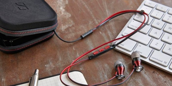 Навушники Sennheiser Momentum In-Ear. Маленький шедевр