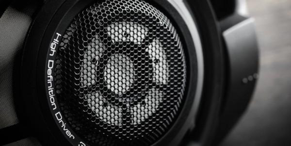 Нові навушники HD 800 S
