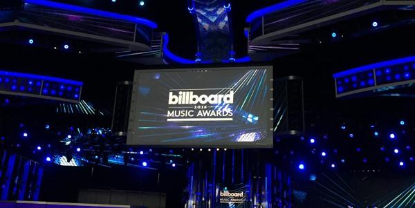 На церемонії Billboard Music Awards 2016