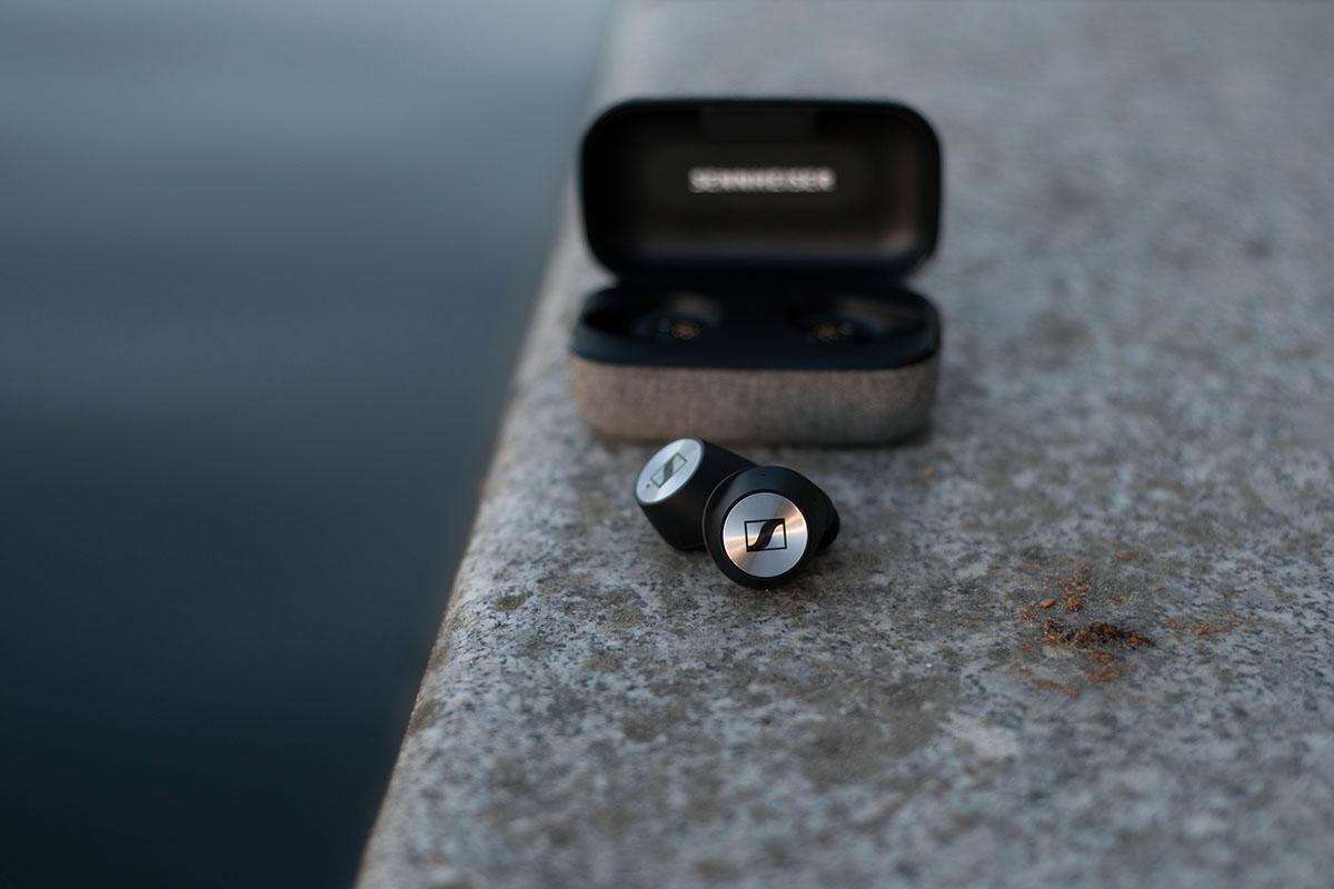 И новые MOMENTUM True Wireless от Sennheiser готовы составить вам компанию в любых приключениях!