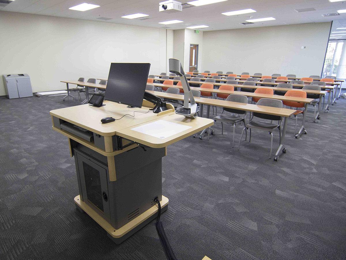 Sennheiser SpeechLine Digital Wireless - новый стандарт качества работы аудиооборудования в Университете штата Невада (фото предоставлено UNLV).